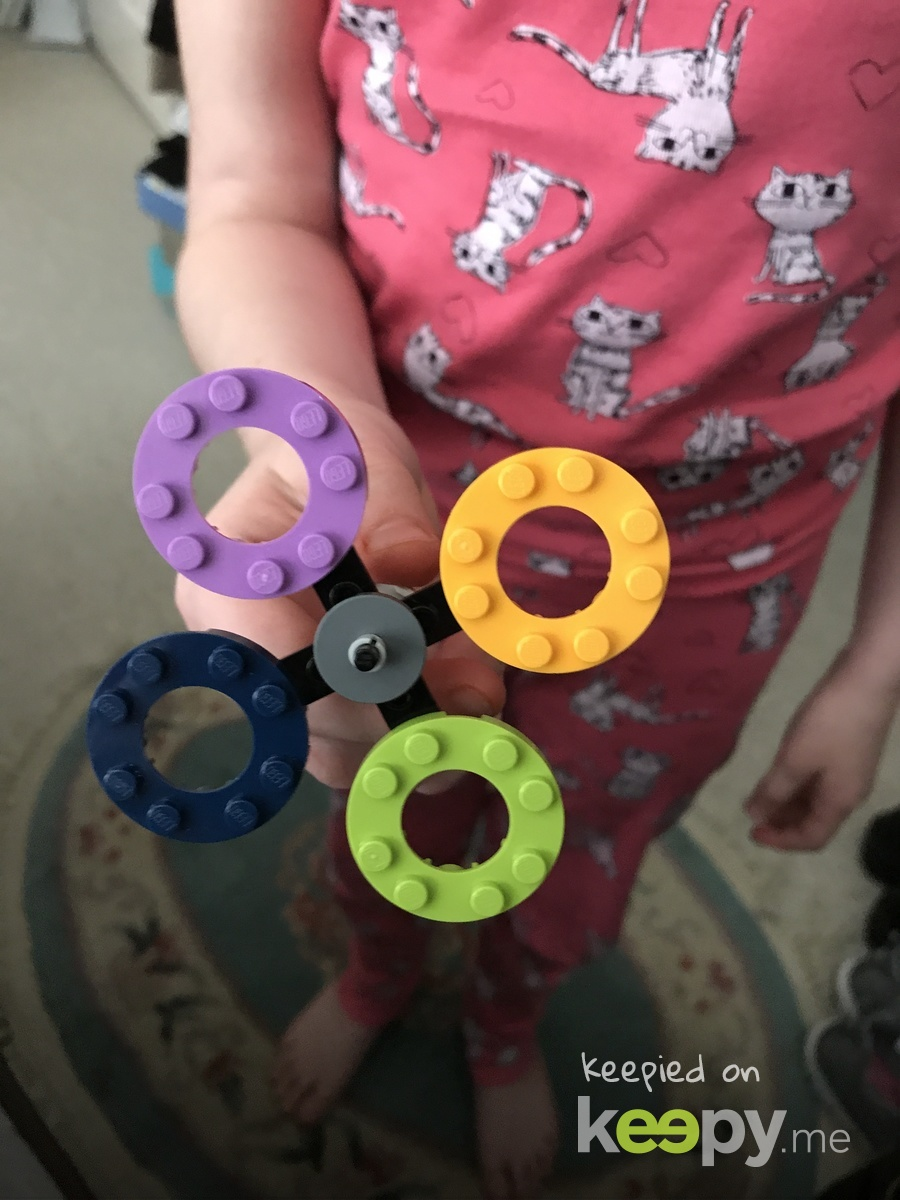 Amelia made her own Fidget Spinner.