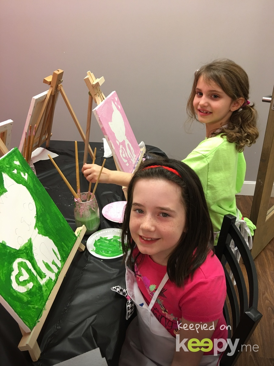 Kitty Cat with acrylic paints. With her friend Madyson.