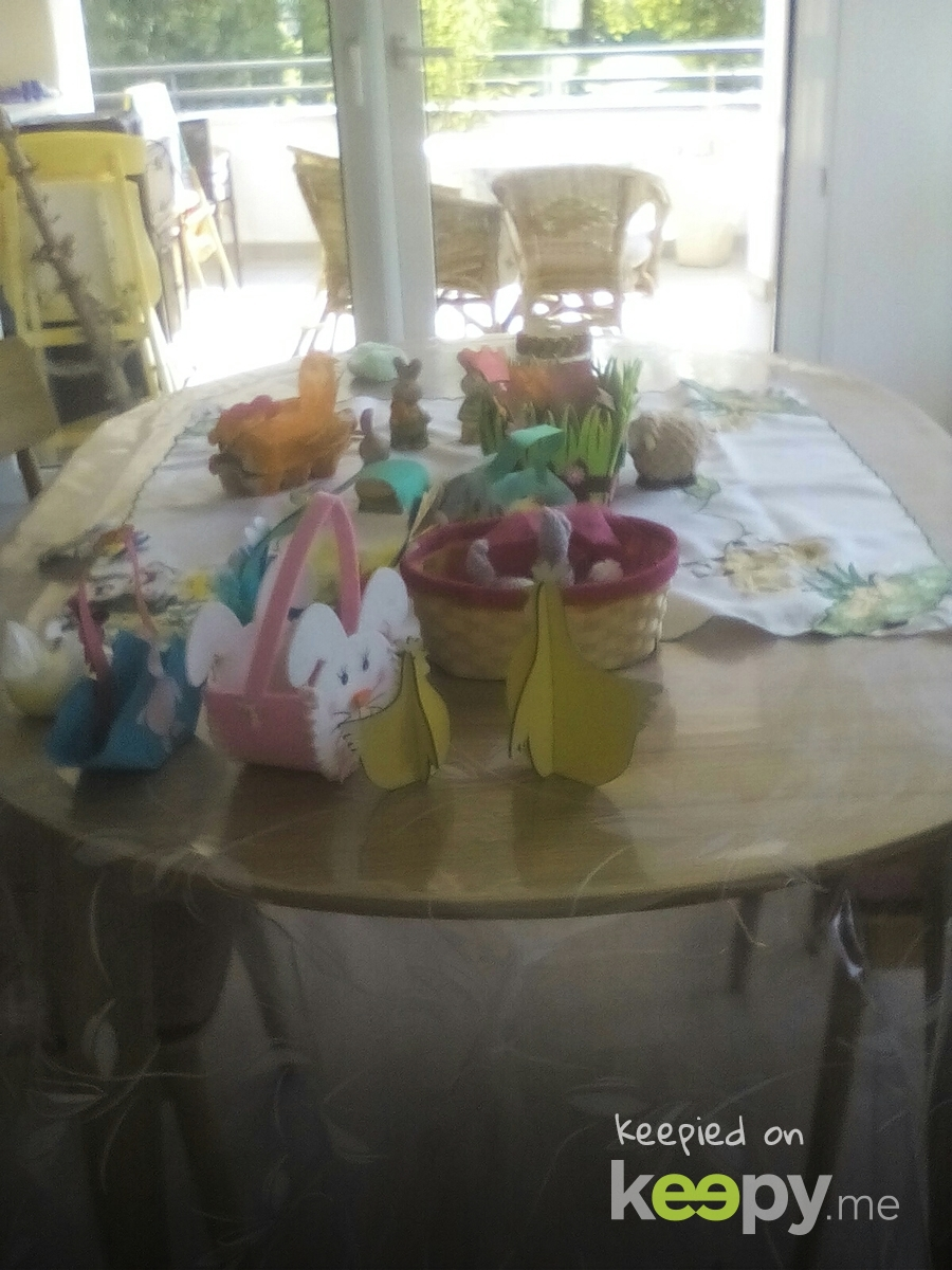 This is the easter table!