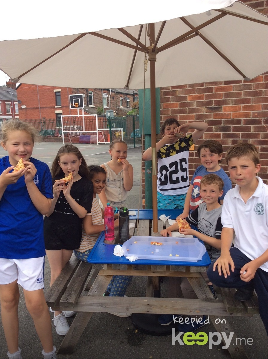 Summer fair in Year 5