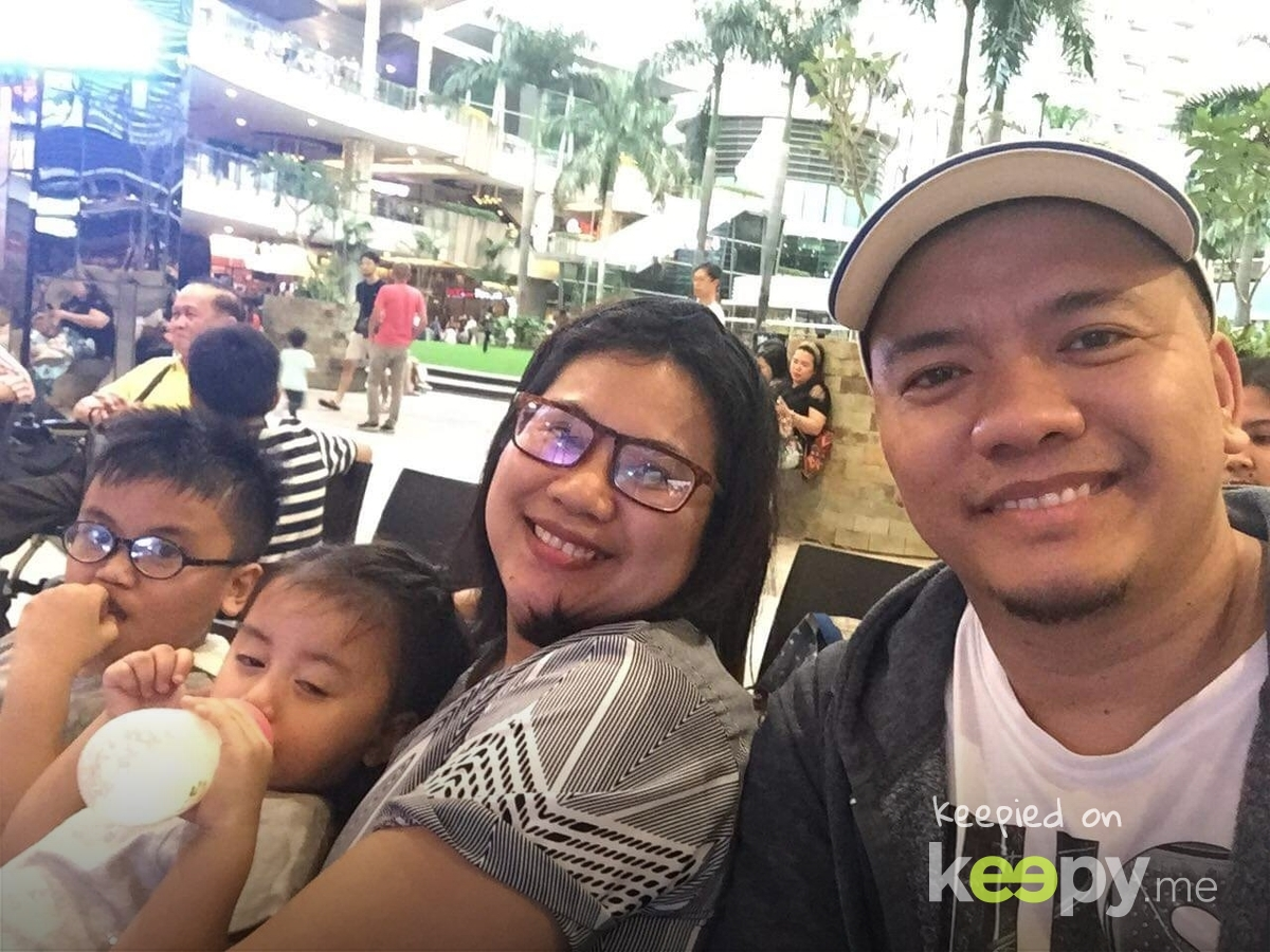 teamSamson found out a place where we can run around while papa & mama watch over us. simply the best when #powerof4 Is complete  » Keepy.me