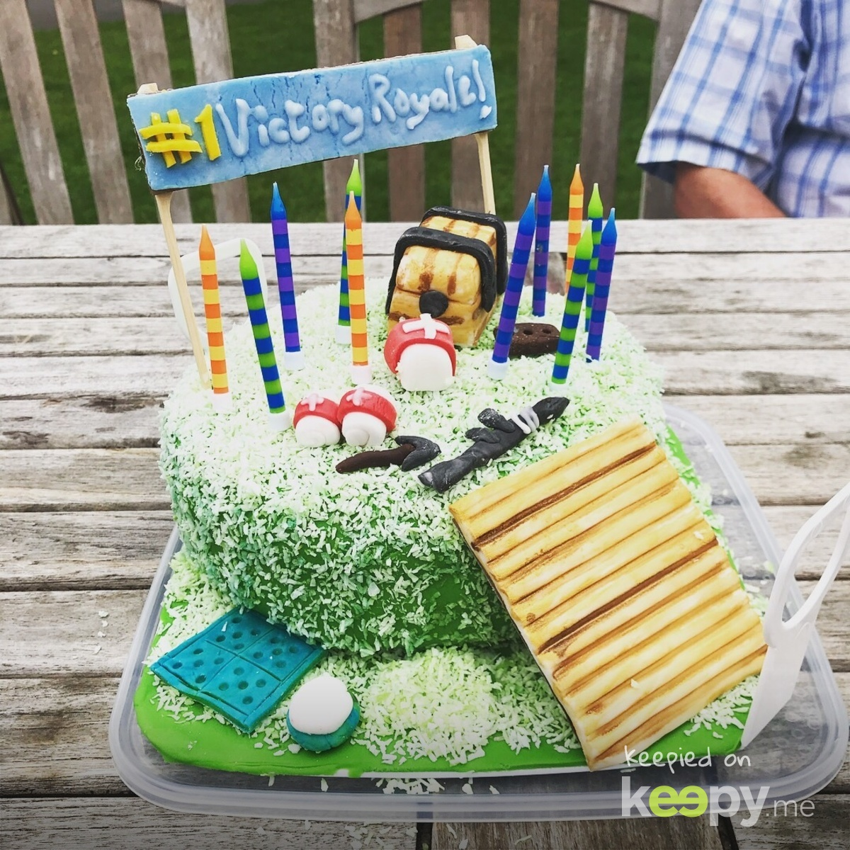 11th birthday cake - another triumph » Keepy.me
